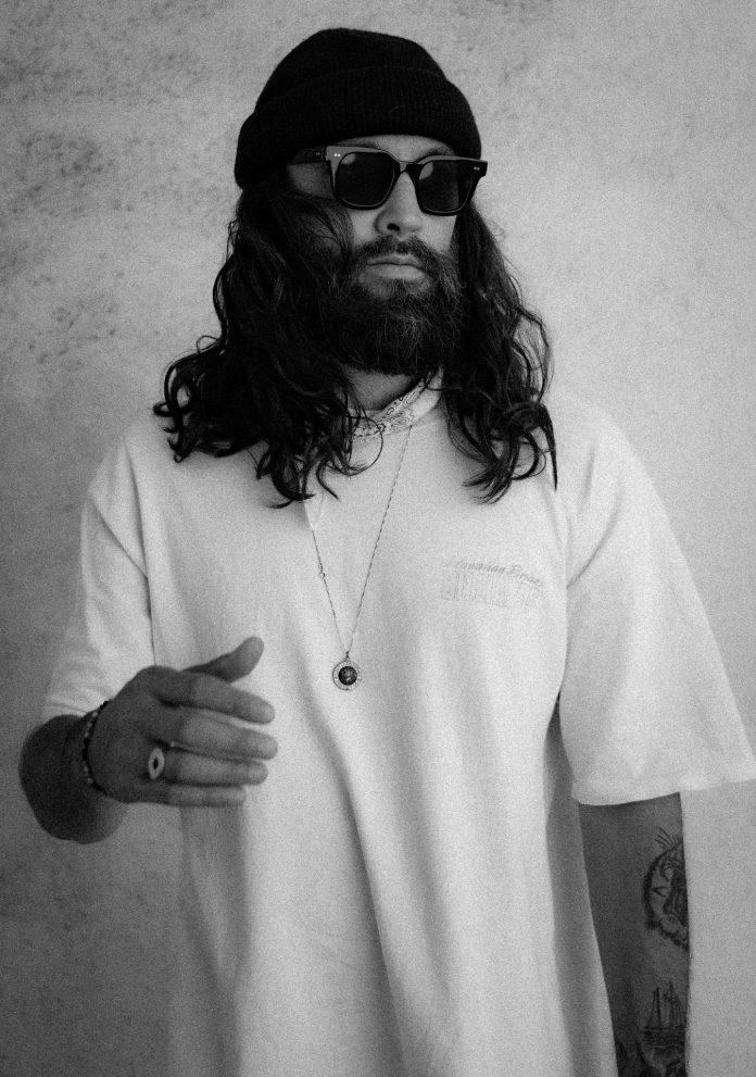 J.Cole, Jay-Z,Gozé